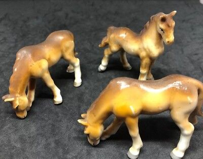 Vtg Horse Figurines Hand Paint Brown Tan White Made in Japan Porcelain Ceramic