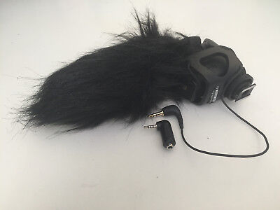 Rode VideoMic Pro Compact Directional On-Camera Microphone with Windjammer