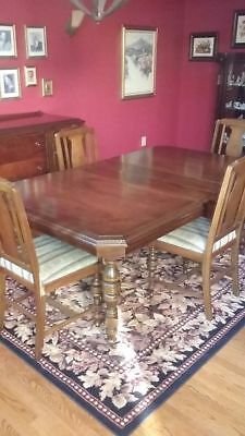 Antique Dining Room Set -- In the Style of Duncan Phyfe