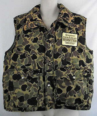 Distressed vintage SEAGRAMS CANADIAN WHISKY CAMO PUFFER VEST Size LARGE