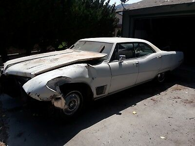 1968 Buick Wildcat White 1968 Buick Wildcat - Collectors Item Rare Classic White Muscle Car Vintage Sedan