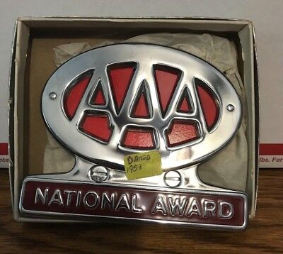 AAA National Award dated 1953 in box, car old collectible License Plate Topper