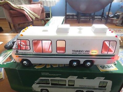 Hess Traiing Van 1978 In Prestein Condition New Never Touched Only To Make Sure