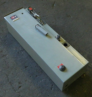 Cutler Hammer A30BDT0 AC Combination Starter W/ Motor Circuit Switch, Size 0