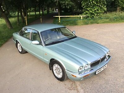Jaguar Xj8 Stunning Car Full Service History Full Mot August 2019 No Advisories