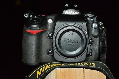 nikon d300s camera body black,good used condition has been my go to camera.