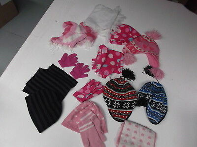 Small Joblot of Kids Hats Scarfs Gloves Used