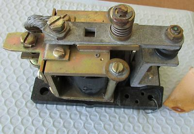General Electric IC2800M-120K416 Contactor, 60/72 Volt DC Int 200A
