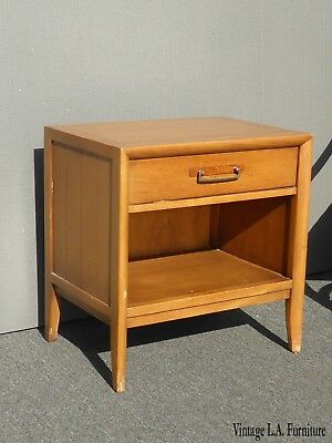 Vintage Drexel Mid-Century Modern Single Drawer Nightstand