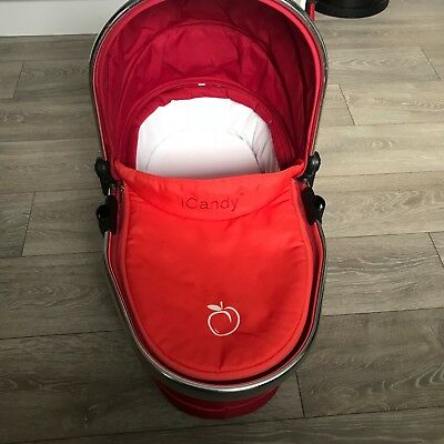 1 x iCandy lower carrycot, Peach 3 Carrycot, fantastic condition