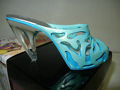 Just The Right Shoe CATALINA, Retired, Item # 810225, NIB