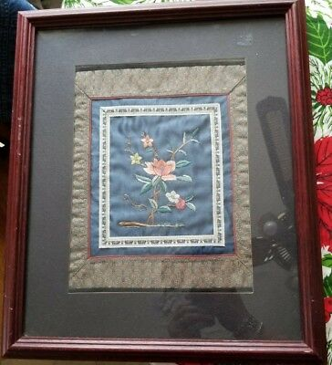 Vintage Japanese Silk Embroidery Art Oriental Asian Chinese Framed