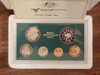 AUSTRALIA - 1982 - PROOF COIN SET - Still in original foams - COMMONWEALTH GAMES