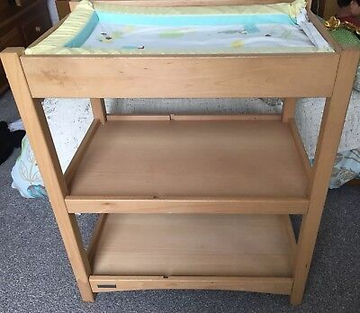Mamas And Papas Baby Changing Table With Shelves