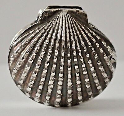 Excellent Sterling Silver Shell Form Repousse Patch Box Pill Box Keep Sake