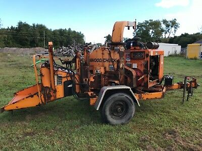 2005 woodchuck hyroller 1200 wood chipper cat diesel runss and chips great