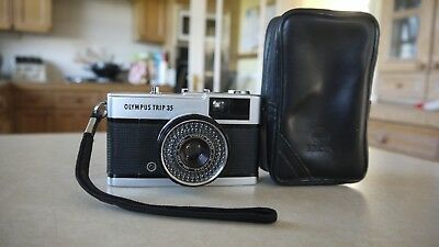 Olympus Trip 35 Camera - lovely Condition