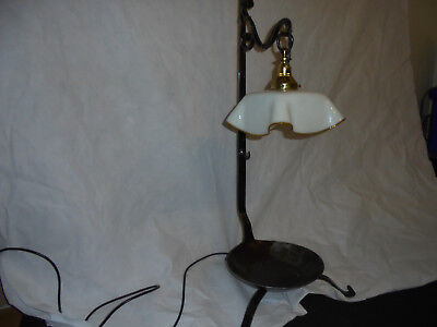 Antique/Early Arts and Crafts Style Ladel Lamp.