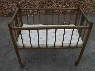 Antique Wooden Baby Crib With Mattress and Casters
