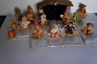 Cherished Teddies HALLOWEEN House and 16 Figurines Lot with Boxes