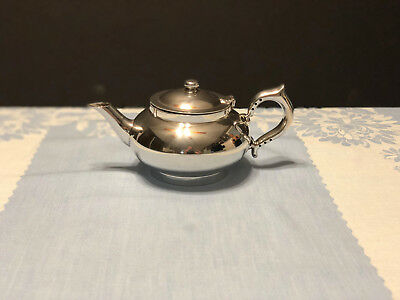 Silver plate, Robur Challenge Perfect Tea Pot with tea infuser