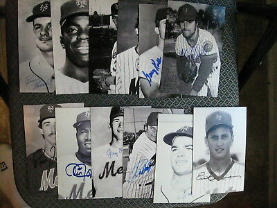 New York Mets Baseball Vintage Lot Of (34) Different Player Signed Postcards