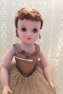 All original Vintage Madame Alexander ELISE doll from the 1950's