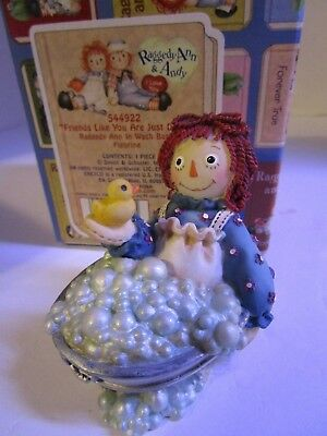 Raggedy Ann & Andy ~ Ann in Wash Basin ~ Friends Like You Are Just Ducky~#544922