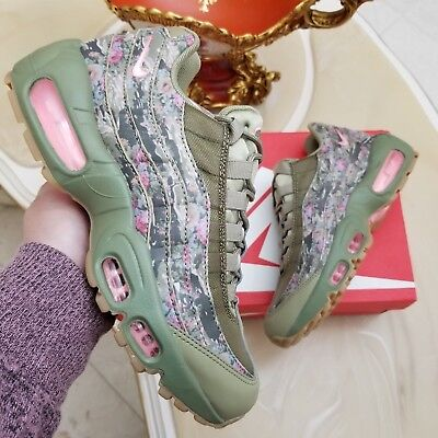 3f4eabab158f Nike Air Max 95 Floral Camo Women s Shoes Size 6 Neutral Olive Style AQ6385  200