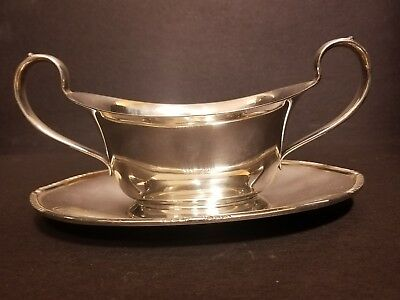 WM ROGER'S & SON IS 5413 Gravy Boat with handles EPNS