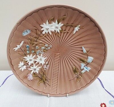 Schramberg Majolica Villeroy & Boch Floral Fan Embossed Charger Plaque 1035