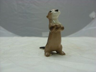 Hagen Renaker mini Sitting Up Otter-cheeky little fellow!