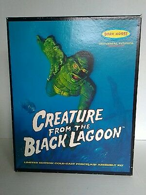Creature From The Black Lagoon MODEL KIT BOX only Universal Monsters Dark Horse