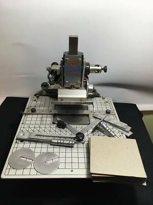 HOWARD PERSONALIZER Model 150 IMPRINTING HOT FOIL STAMPING MACHINE Worktable WT
