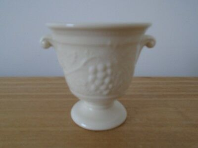 Holkham Pottery 7.5cm Posy Vase/ with Vine and Grapes Decoration