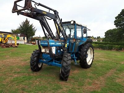 Ford 5610 4wd and Trimmer Loader