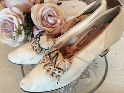 SHABBY Vtg Antique Victorian Shoes Bows white wedding fancy bow