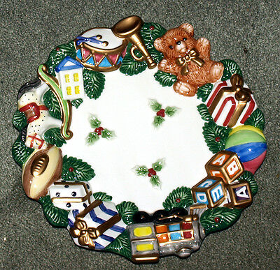 Christmas Plate By Fitz And Floyd Essentials