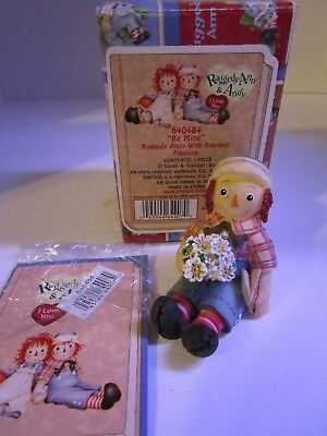 Raggedy Ann & Andy with Bouquet of Flowers ~ Be Mine ~ #640484 Enesco New