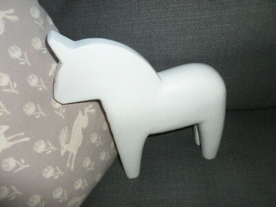 Swedish style Nils Olsson Dala Ikea large white painted horse folk sculpture