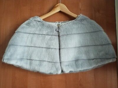 Dove grey fake fur shrug perfect for a winter bride Dunnes Stores Size M/L