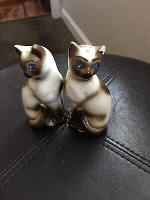 612e4fe65f767 VINTAGE CERAMIC SIAMESE Cat Salt And Pepper Shakers With Blue Rhinestone  Eyes