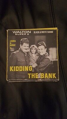 WALTON Super 8 Film - KIDDING THE BANK LAUREL AND HARDY -BOXED