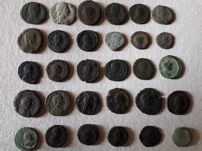 BEUTIFUL LOT OF 30 ANCIENT BRONZE ROMAN COINS FOR CLEANED Ae3-Ae4