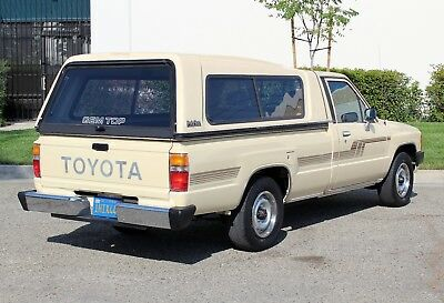 Toyota Pickup California Original, One Owner, 100% Rust Free California Original,1986 Toyota Pickup DLX,One Owner, 100% Rust Free, Awesome!!!