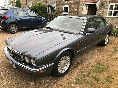 Jaguar XJ8 3.2 V8 SOVEREIGN
