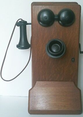 Antique Oak Wood Electric Wall Crank Telephone Vintage Wooden Phone. GREAT COND