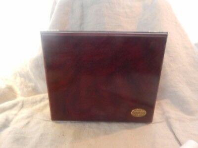 """Thompson and Co Cigar Humidor Wooden with Hygrometer 10 1/4"""" x  8.5"""" x 4.5"""""""