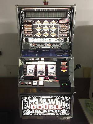 Bally 6000 😊BLACK & WHITE SLOT MACHINE