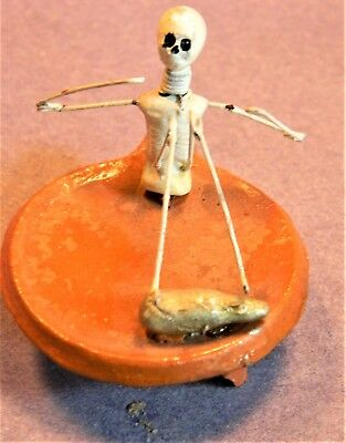 "Day of the Dead Minature Skeleton ""Daddy Long-Legs"" on a Corn Metate/1985/RARE"